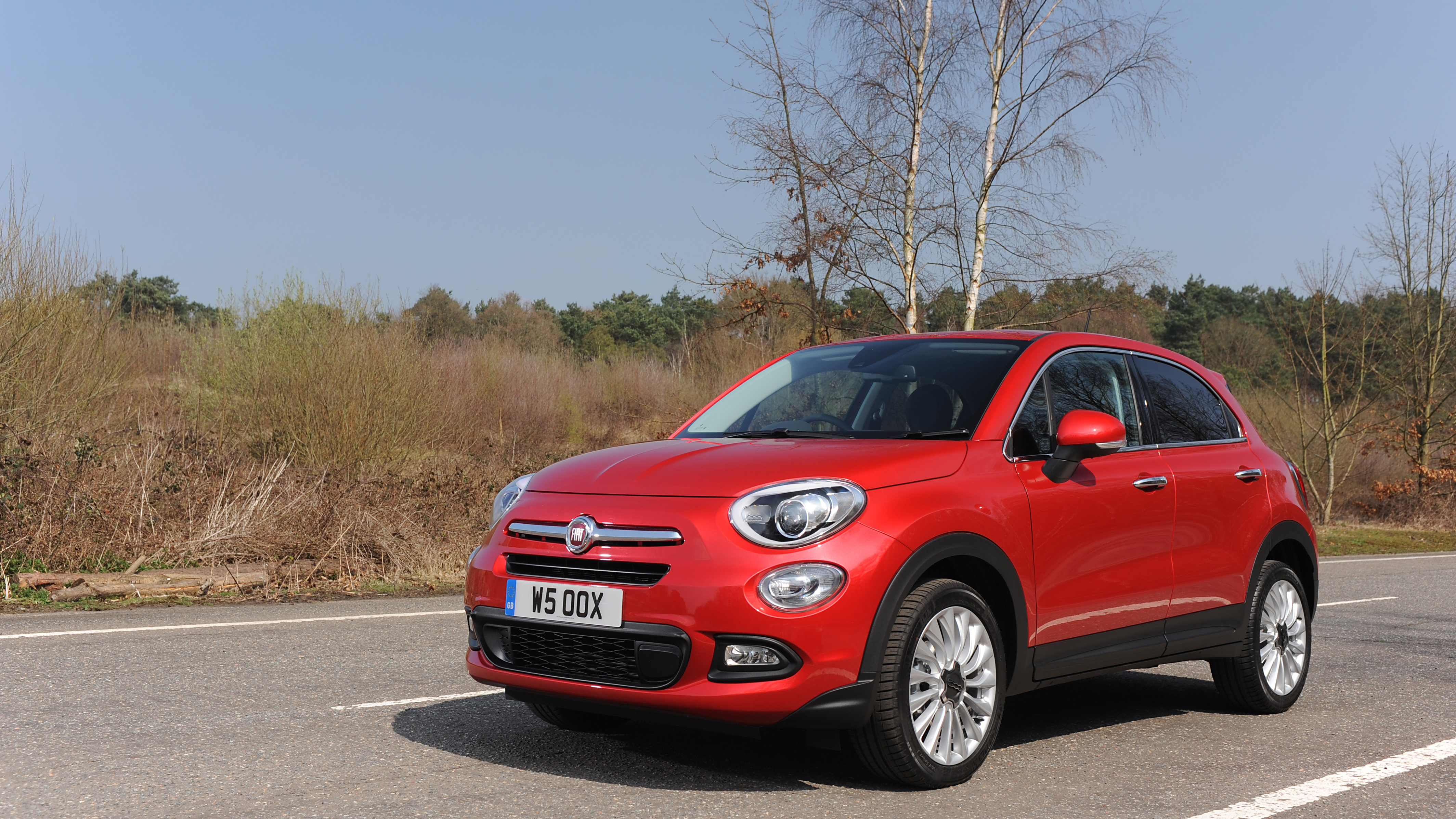 fiat 500x review and buying guide best deals and prices buyacar. Black Bedroom Furniture Sets. Home Design Ideas