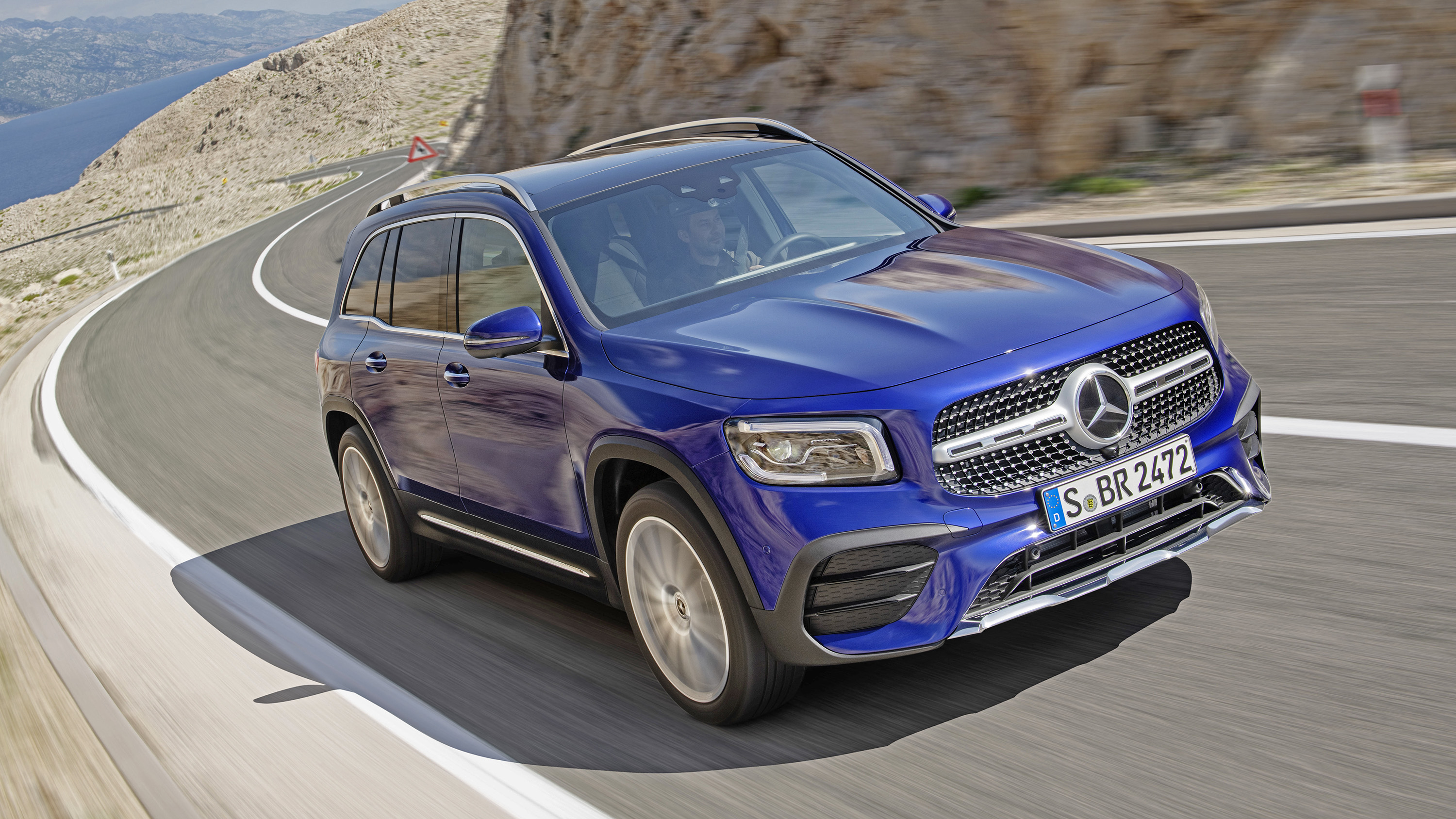 2020 Mercedes – Benz GLB SUV Release Date And Plug-In Hybrid Specs >> Mercedes Benz Glb Prices Specs And Release Date Buyacar