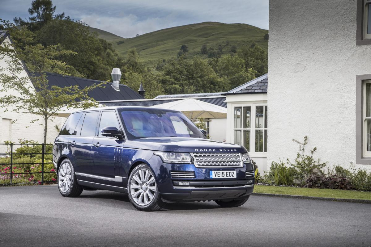 land rover range rover review and buying guide best deals and