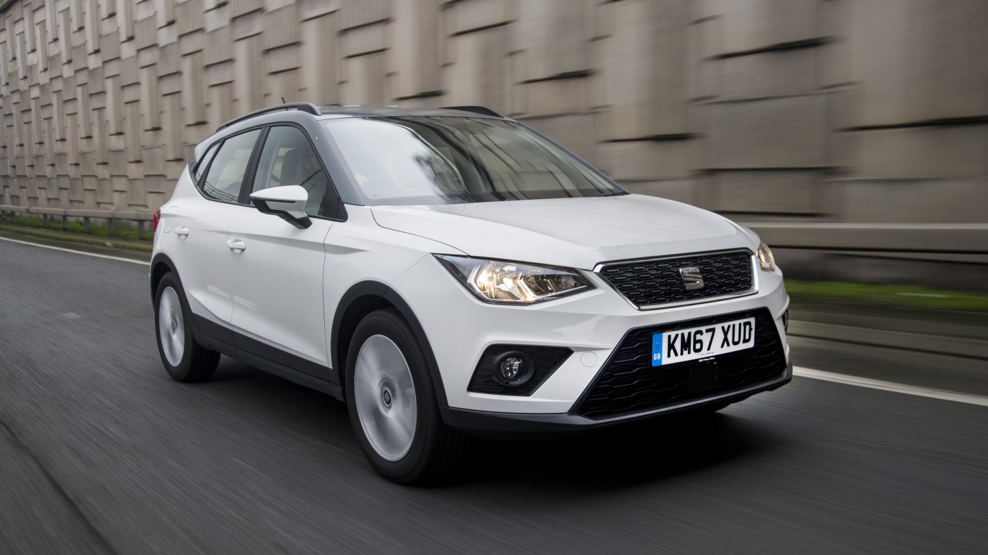 seat arona review and buying guide best deals and prices buyacar. Black Bedroom Furniture Sets. Home Design Ideas