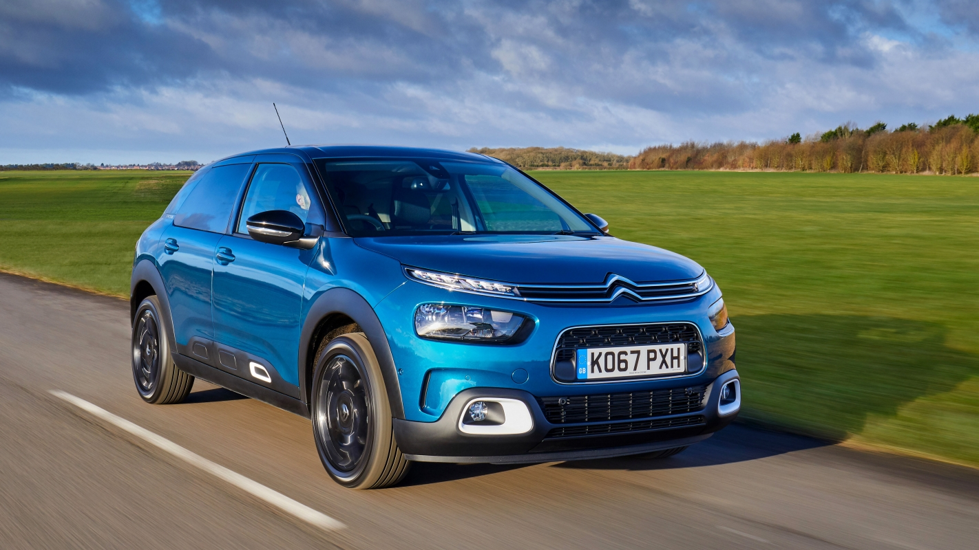 Citroen C4 Cactus moving