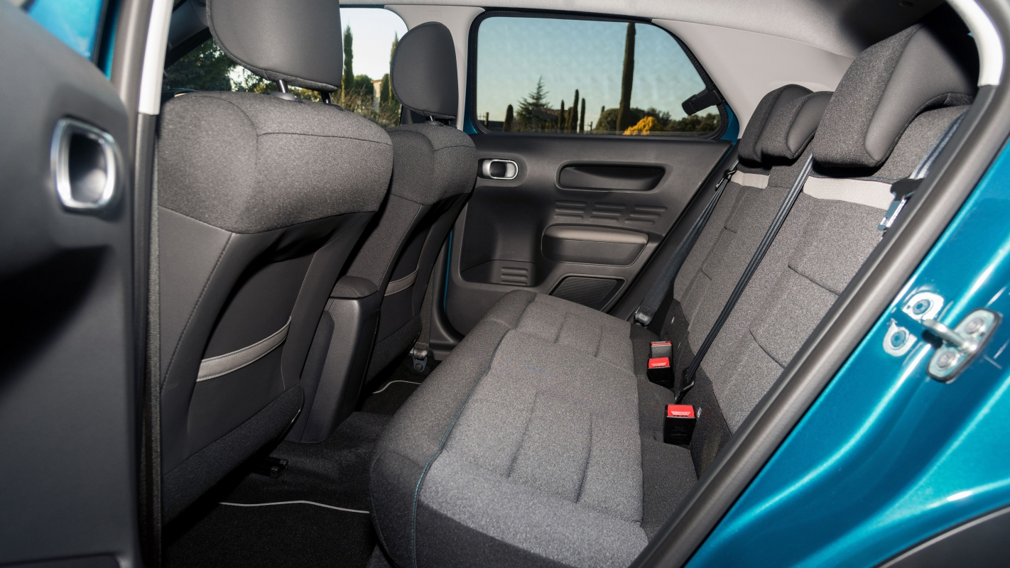 Citroen C4 Cactus rear seats