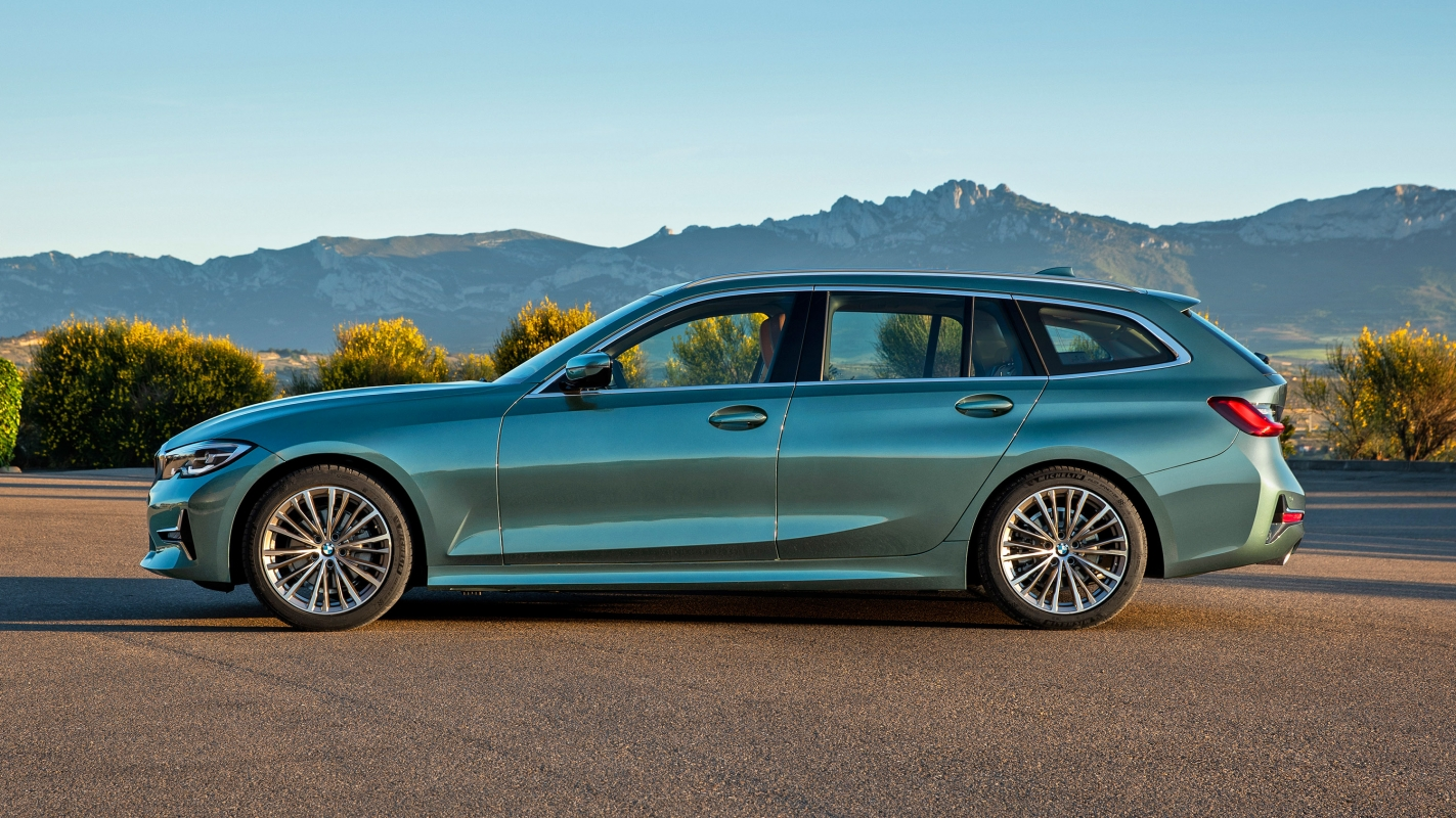 BMW 3 Series Touring side