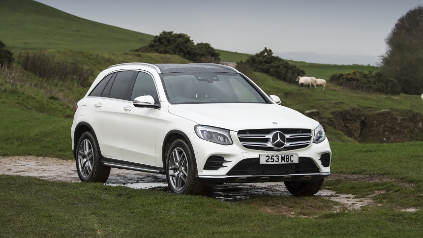 Mercedes SUVs 2019: full guide and latest deals | BuyaCar