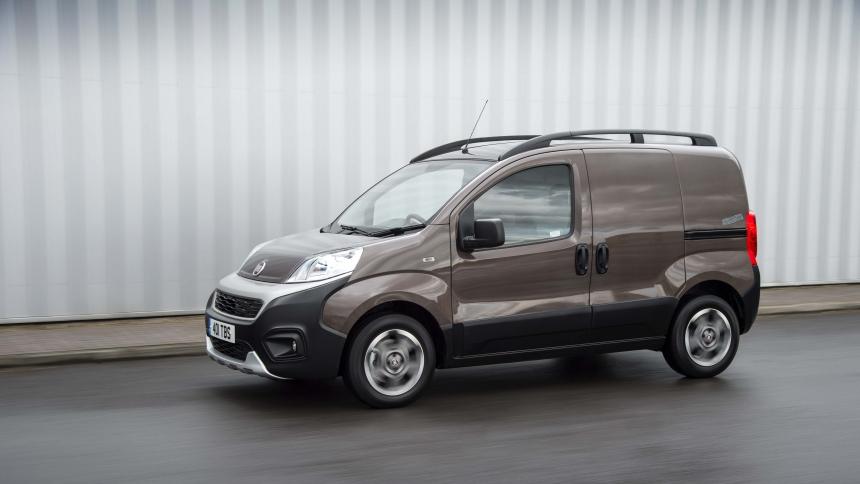 Investigación título Paisaje  The best small vans: 10 vans that prove tiny can be mighty   BuyaCar