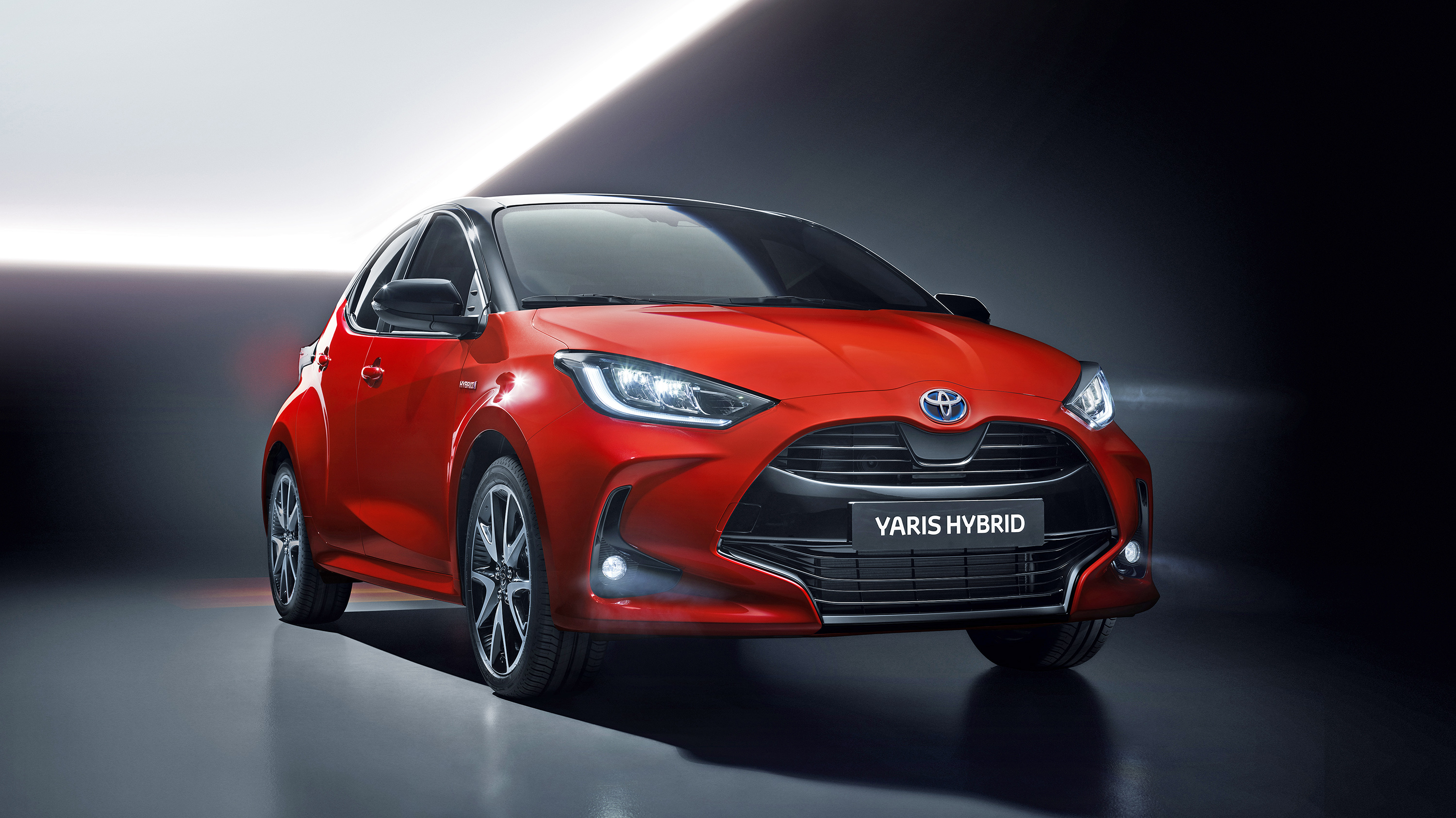 New 2020 Toyota Yaris Hybrid Specifications Prices And Economy Buyacar